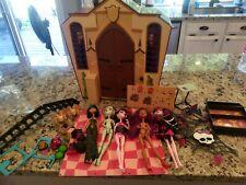 Monster High School, 5 Dolls, Accessories Lot