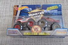 MONSTER JAM TRUCK Demolition Doubles Captain America vs Iron Man