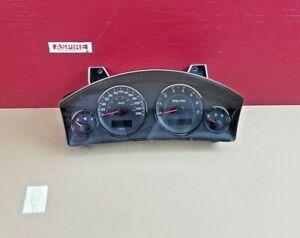 2006-2008 Jeep Commander Speedometer Gauges Cluster KPH 56054014AG OEM