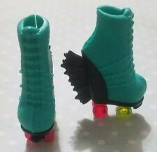 40cc96283c MONSTER HIGH DOLL SHOES ROLLER MAZE LAGOONA BLUE TURQUOISE BLACK FIN SKATES  ONLY
