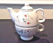 PFALZGRAFF WINTERBERRY TEAPOT FOR ONE WITH CUP TEA FOR ONE!!!