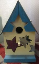 VERY NICE BIRD HOUSE BLUE WITH MINNESOTA PLATE FOR A ROOF