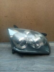 TOYOTA AVENSIS 2007 DRIVER SIDE HEADLIGHT