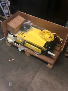 Tornado BR 460 Escalator Cleaner 9618096181