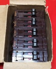 (1) Circuit Breaker Wadsworth B2020 20 Amp Two 1 Pole Metal Tabs Twin Tandem