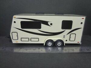 Camper Trailer Beige 1:64 Scale - Loose New Mint