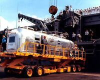 OFFLOADING OF MOBILE QUARANTINE FACILITY POST APOLLO 11 8X10 NASA PHOTO (ZY-191)