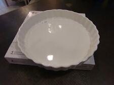 tortiera in porcellana bianca