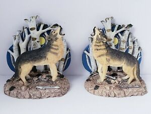 """2-Ceramic Howling Wolf 5.5""""  Bookend Figurines"""