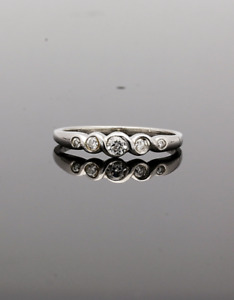 0.9 Ct Real Sparkling Diamond Casual Gold Ring 18 K 5 Pieces Fine Jewelry E VS2