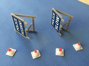 Dinky Toys #287 Ford Transit Police Van Repro Road Signs and Cones.