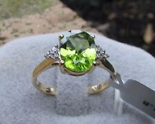 2.76 cts Genuine Changbai Peridot Solitaire Size 8 Ring 10k Gold w/ Zircon