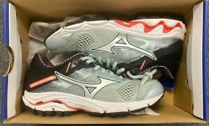 Pre-Owned Mizuno Wave Inspire 15 Women's Running Shoes Size 6.5 - 2C-3390