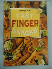 FAMILY CIRCLE mini cookbook FAST FINGER SNACKS EUC