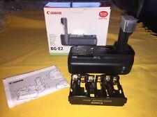 Canon BG-E2 Batería Grip-en Caja y Bandeja de la batería