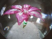 Vintage Murano Art Glass Italy Pink Millefiori Flower Paperweight Bubbles