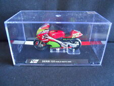 Die Cast Model Moto 1:24 DERBI 125 Pablo Nieto 2005 [N3-39 ]