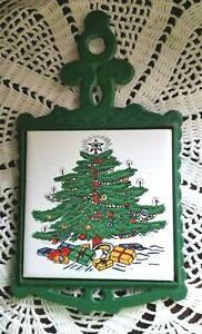 Christmas Vtg Green Cast Iron Trivet Christmas Tree Ceramic Tile Decorated 1976