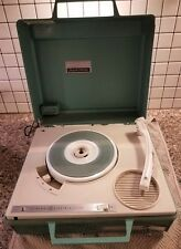 VINTAGE GENERAL ELECTRIC PARTYMATE RECORD PLAYER PORTABLE GREEN COLOR.