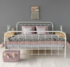 AMITA Eisenbett Metallbett Weiß Design Bett Bettgestell 160x200 cm