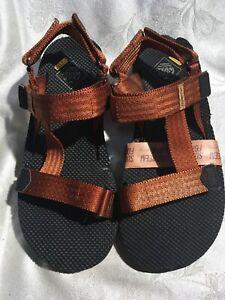 Free Waters Men's New Rust Foam Water Sandals Sz 9/42