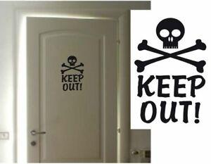 Keep Out Skull & Cross Bones Room/Wall/Door/Car Vinyl Sticker/Decal