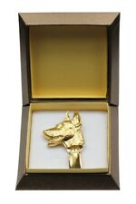 Doberman pincher - gold covered clipring with dog, in box, Art Dog USA