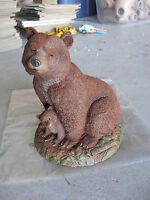 BIG Tom Clark Figurine Mama's Pride Bear with Cub #94