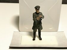1/35 ProBuilt Verlinden German Iron Cross GERMAN OFFICER GIVING MEDAL WWII Resin