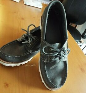 Ladies Timberland Boat Style Loafers Gray Leather Ties White Sole Size 8.5