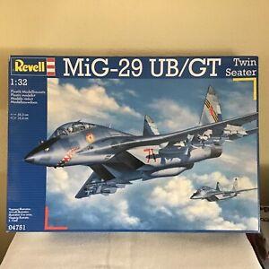 MIG- 29 UB/GT von Revell 1:32 sehr gut erhalten, neuwertig