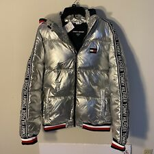 TOMMY HILFIGER SPORT METALLIC SILVER FLAG PUFFER HOODED...