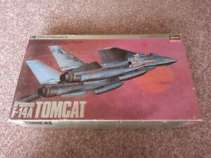 Hasegawa Grumman F-14A Tomcat 1:72 Model Kit
