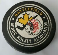 BATTLEFIELD BLACKHAWKS INDIANS MINOR HOCKEY ASSOCIATION VINTAGE OFFICIAL PUCK