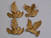 Christmas Tree Holiday Ornament Set 4 Birds Gold Plastic Molded Vintage Old Deco