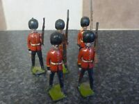 5x VINTAGE BRITAINS TOYS COLDSTREAM GUARDS WITH MOVING ARMS GREEN BASES VGC
