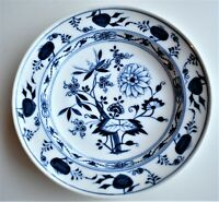 Antique Early Meissen Blue and White Blue Onion Pattern 24cm diameter circa 1780