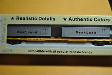 Con Cor N Scale ---90 ft piggy back flat car....w/2 sea containers Union Pacific