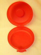 """Tupperware Red Round Sandwich Bagel Keeper Container #4440 Snaps Closed 5 1/2"""""""