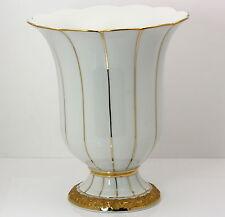 ♦ Meissener Porzellan Blumen Vase Königliches Neu Meissen weiß Gold Dekor 17 cm