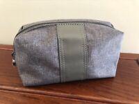 Emirates BVLGARI Toiletry Amenity Kit Travel Case Bulgari Gray wrapped Zipper