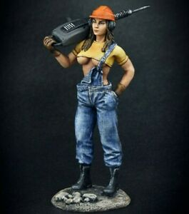 Painted Toy Soldier Girl With Jackhammer 1/24 Woman Figure 75mm scale