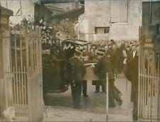 Obsèques du bourreau Anatole Deibler, le cercueil, 1939, Vintage silver print vi