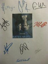 Bates Motel Signed TV Script X9 Vera Farmiga Freddie Highmore Max Thieriot repnt
