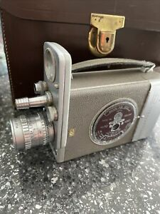 Bell & Howell Film 16mm Camera - Vintage cine camera With Case And Light Meter