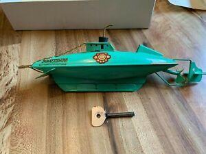 Vintage Sutcliffe Tin Plate Clockwork Nautilus Submarine. Disney 20,000 Leagues