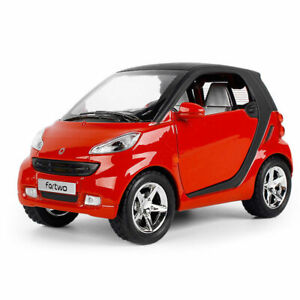 1:24 Smart ForTwo Model Car Diecast Toy Vehicle Pull Back Red Kids Gift Sound