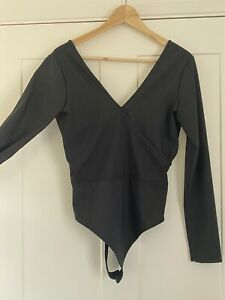 Womens Asos Black Top/Body Suit With Long Sleeves And V Neck/Back Size 12