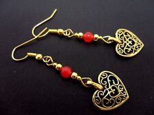 A PAIR OF GOLD COLOUR & RED JADE BEAD  DANGLY HEART  EARRINGS. NEW.