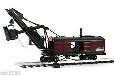 Bucyrus Steam Shovel on Rail - 1/48 - TWH #021-08001